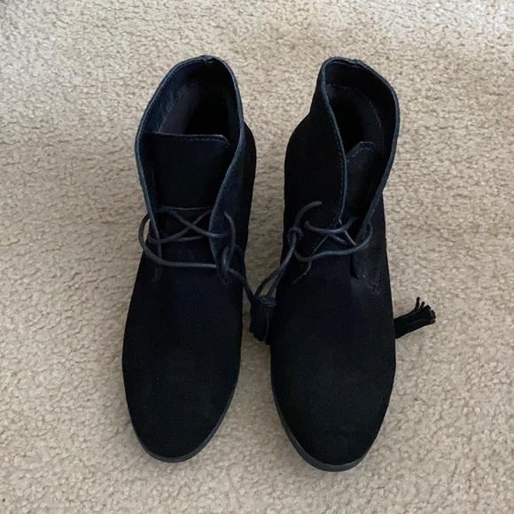 black booties, wedge heel